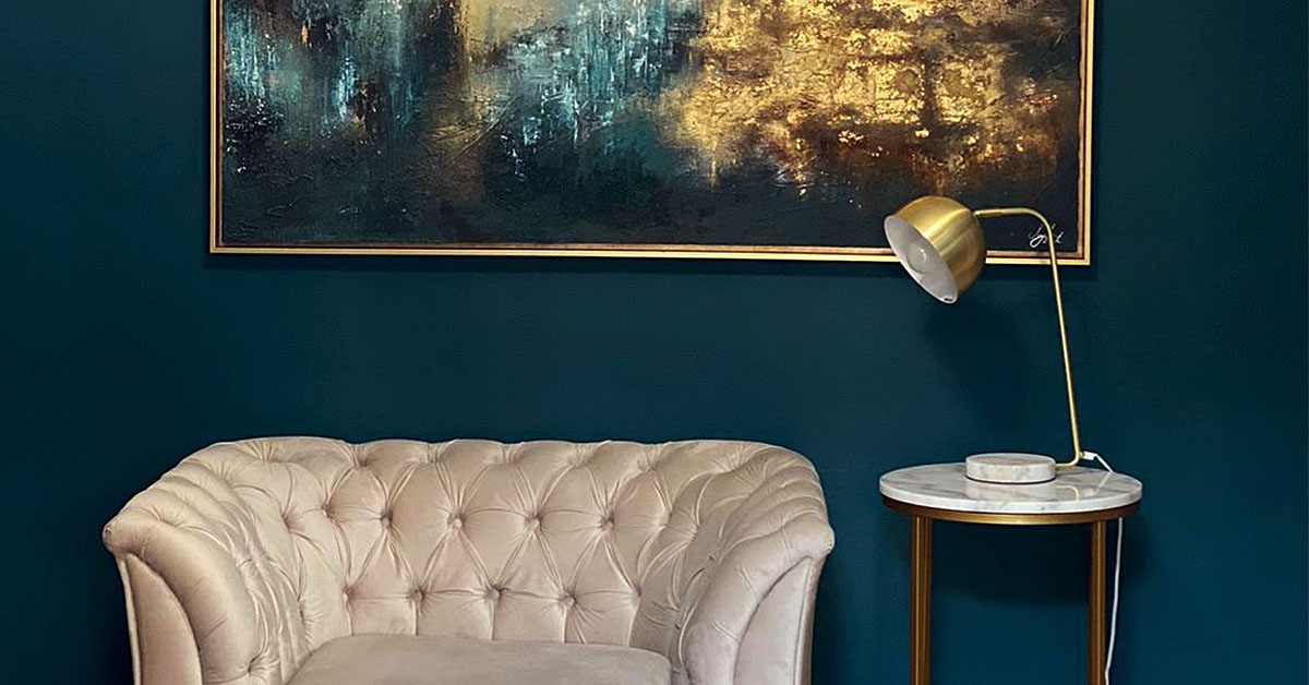 Why it's worth to buy a velvet armchair? Five reasons.