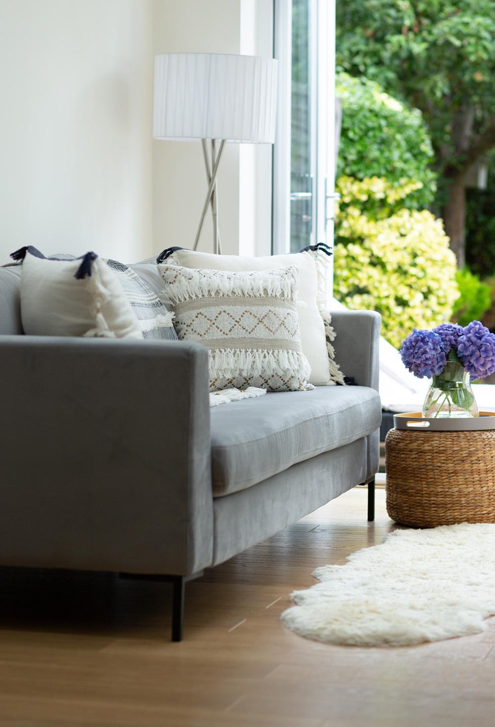 Grey velour three-person sofa Gosena